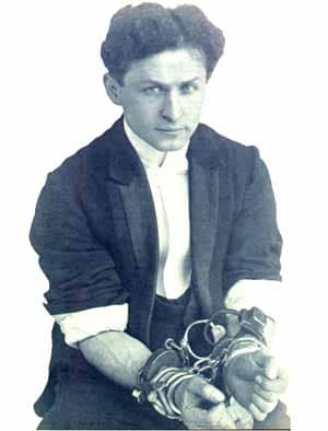 Harry Houdini : assassinat ou supercherie …