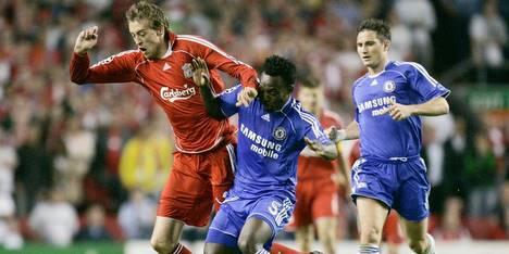 Liverpool chante » You'll Never Walk Alone «