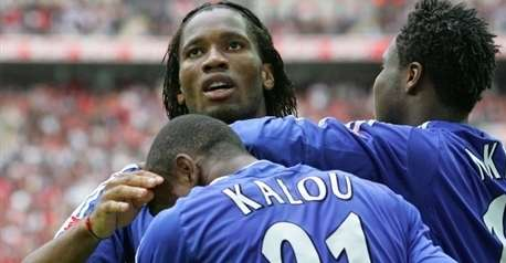 Didier Drogba terrasse Manchester United !!