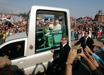 Le Brésil, Benoit XVI, l'évangélisation, «les injustices et les souffrances» et la bien-pensance…
