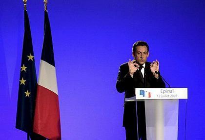 Nicolas Sarkozy:le Bonapartisme en action:3 leçons qu'il doit retenir  pour etre un bon Président!