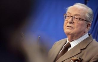 Jean-Marie Le Pen plébiscite Nicolas Sarkozy !!