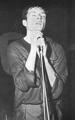 CONTROL : Ian Curtis ..le mythe perdure..