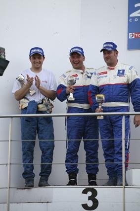 Team Gomez Compétition : Gagnez une saison en coupe Peugeot 207 en remportant les séléctions !