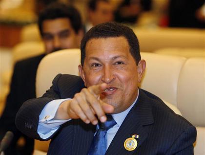 Aprés Téhéran…Hugo Chavez se pose à Paris.