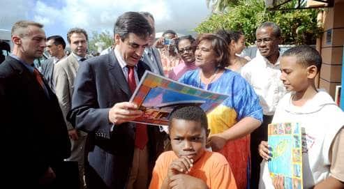 Sarkozy & Fillon : Il faut politiser les municipales…