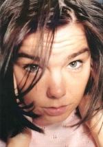 Björk a encore disjoncté : la vidéo en ligne !