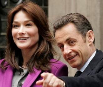 Carla Bruni : Nicolas possède 5 ou 6 cerveaux remarquablement irrigués !!