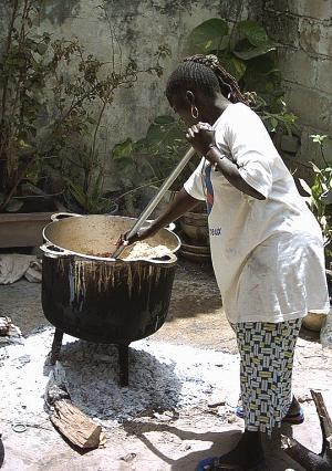 Sénégal : Dur dur de faire bouillir les marmites au Sénégal