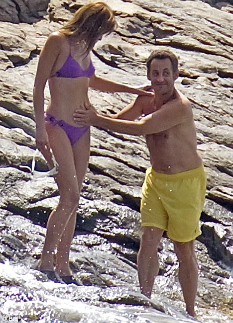 Carla Bruni- sarkozy est- elle vraiment enceinte?