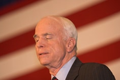 Un vent de panique souffle sur la campagne de John McCain