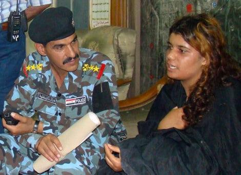 Une adolescente irakienne refuse de servir de kamikaze à Al-Quaïda