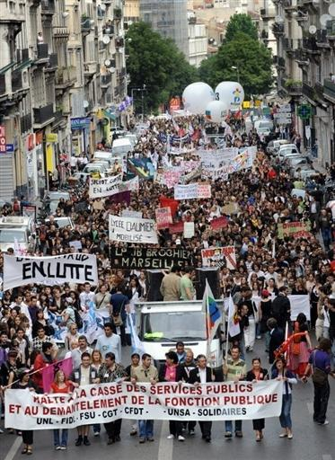 GREVE DES FONCTIONNAIRES : «Le rouge, me monte aux joues» !!