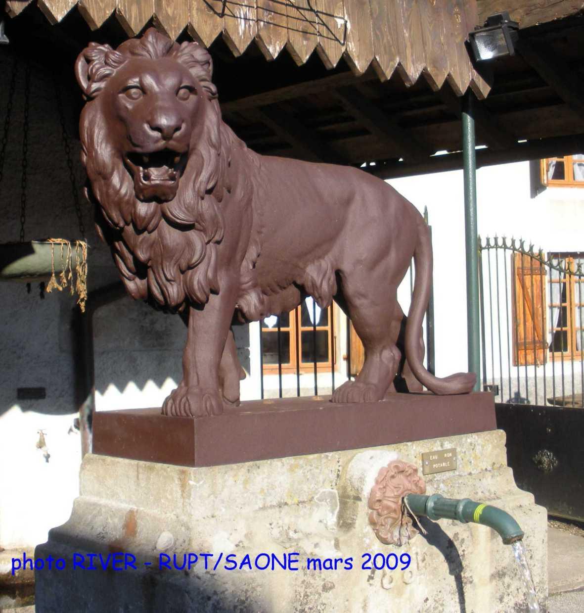 Deux communes pour un lion de Picardie