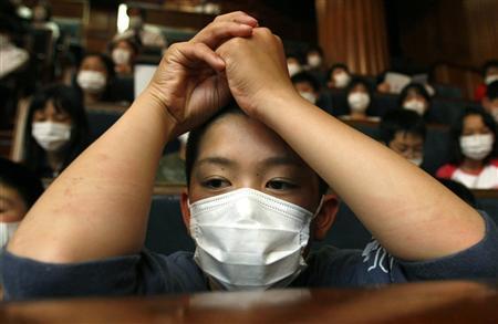 Mini revue de presse sur Tapie, A/H1N1, Mickael Jackson