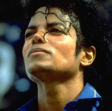 Raël revient sur le devant de la scène avec… Le clonage de Michael Jackson !