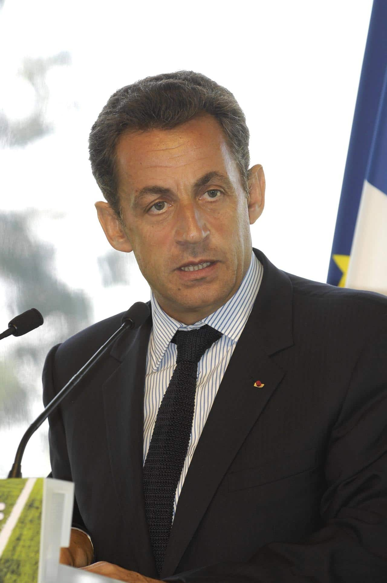 Nicolas Sarkozy rembourse plus de 14123 Euros !