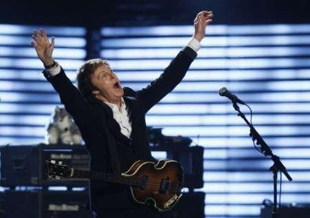 Sir Paul McCartney part en tournée en Europe