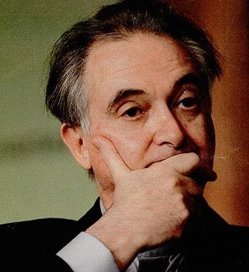 Jacques ATTALI : «La fin de la CRISE : Une Mascarade !!»