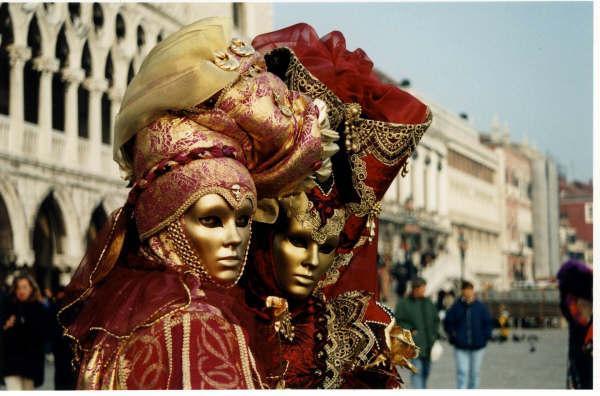 Carnaval de Venise: entre rêve, créativité et histoire.