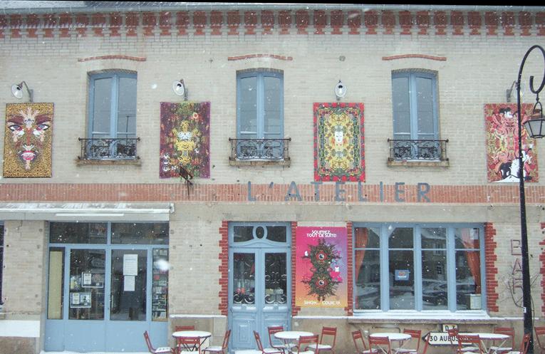 Jiji Tachdjian pavoise l'Atelier de Royère (Creuse)