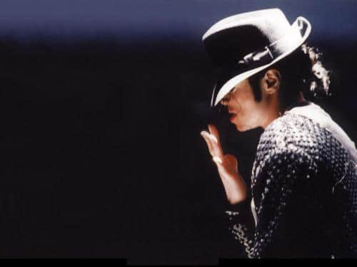 Michael Jackson: 10 albums inédits ou simple business?