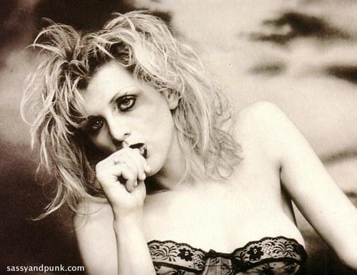 Courtney Love tourne la page «Kurt Cobain».