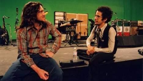 Téléchargez John Frusciante… Pour la bonne cause!