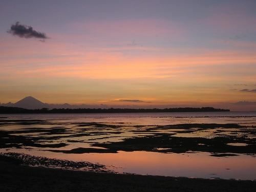 Crépuscule sur l'île Gili Air