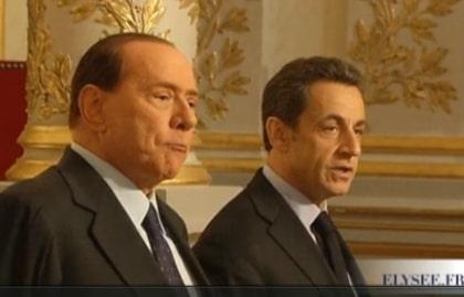 Quand Sarkozy et Berlusconi jouent au Ping-pong avec les immigrés tunisiens