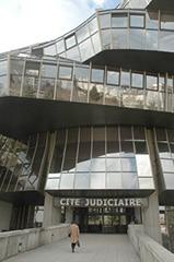 Le greffier, est un maillon essentiel en matière judiciaire.