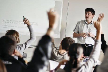 Difficile consensus en matière de rythmes scolaires en France.