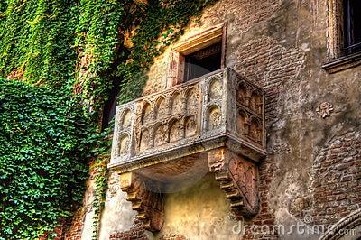 Roméo et Juliette: Le balcon aux amoureux !