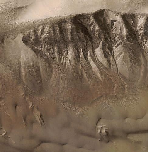 De l'eau sur Mars !