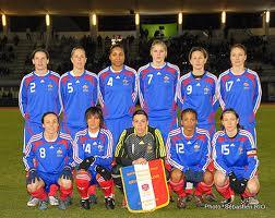 Le football féminin