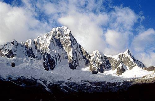Pérou : De la peinture blanche pour sauver la planète