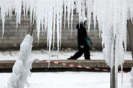 Il fait froid en ce moment, c'est normal on est en hiver !