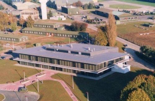 Cambrai – perd la Base aérienne 103 et entre en récession économique