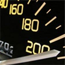 Vitesse illimitée sur autoroute autorisée «  pour les notables »