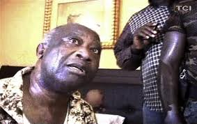 Un an après l'arrestation de Laurent Gbagbo, la réconciliation piétine en Côte d'Ivoire