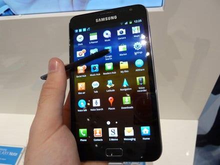 Samsung chute en Bourse après sa défaite face à Apple