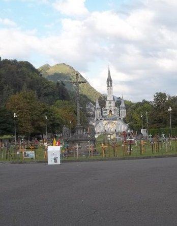Réflexion d'un  «  athée » en visite à Lourdes