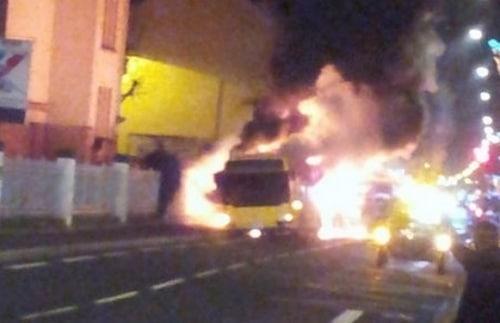Metz : Un bus incendié !