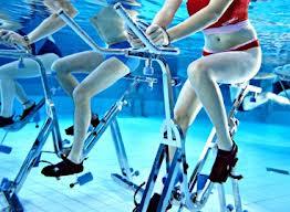 Un nouveau sport aux vertus thérapeutiques : l'aquabiking