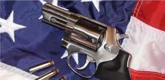 La vente d'armes augmente aux États-Unis