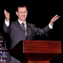 Assad réapparait et n'abdique pas