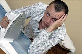 Insolite : Faire le ménage tuerait la libido chez l'homme !
