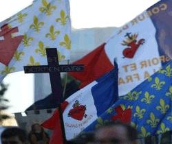 L'Union des familles laiques et All Out contre Civitas