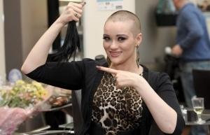 Jessie J : elle s'est rasée le crâne !