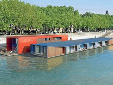 1er hôtel flottant en milieu urbain!